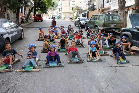 """Fundación Nacional """"El Niño Simón"""" te invita a participar del emocionante """"Festival de Carruchas El Retiro"""""""