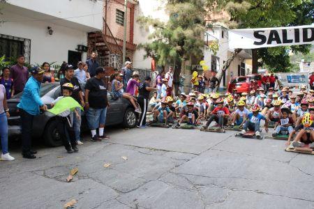 Más de 450 niños, niñas y adolescentes disfrutaron de las tradicionales Carreras de Carruchas El Retiro