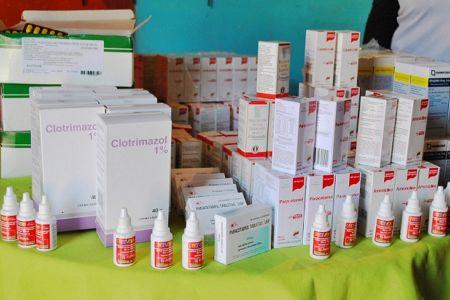 Entregan en La Vega ayudas técnicas y medicinas en Plan de Atención a las Víctimas del Bloqueo y la Guerra Económica