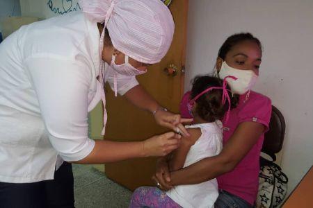 Fundación Regional El Niño Simón Lara se suma a la Jornada Nacional de Vacunación