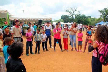 """Fundación """"El Niño Simón Guárico"""" brindó alegría y sano esparcimiento a niñas y niños de las Malvinas"""