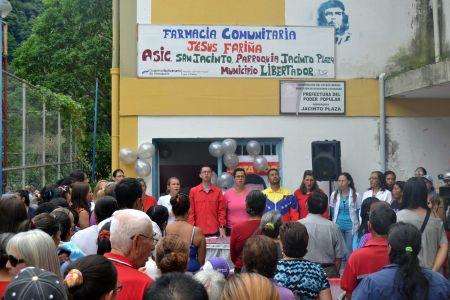 """Fundación Regional """"El Niño Simón"""" Mérida presente en activación de Farmacia Comunitaria en San Jacinto"""