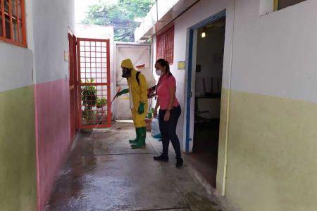 Programa Casa de los Niños de la Fnns se suma a la desinfección, limpieza y embellecimiento de la Misión Venezuela Bella