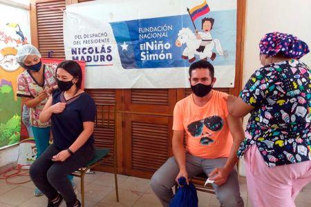 Fundación El Niño Simón Lara se une a la jornada de vacunación masiva contra el Sars-Cov-2