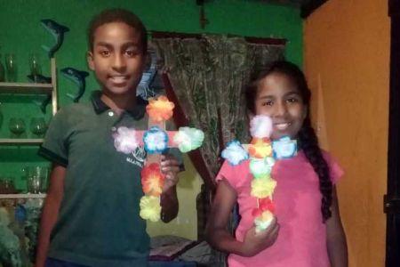 """Niños y niñas de Endei """"Negra Matea"""" y Casas de los Niños de la Fnns celebraron desde casa el Velorio de la Cruz de Mayo"""